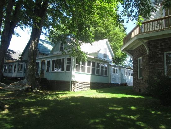 Cooper rustic cabin location (550x413)